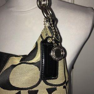 a66ecf407c89b OBO COACH SIGNATURE Stripe Demi Hand bag